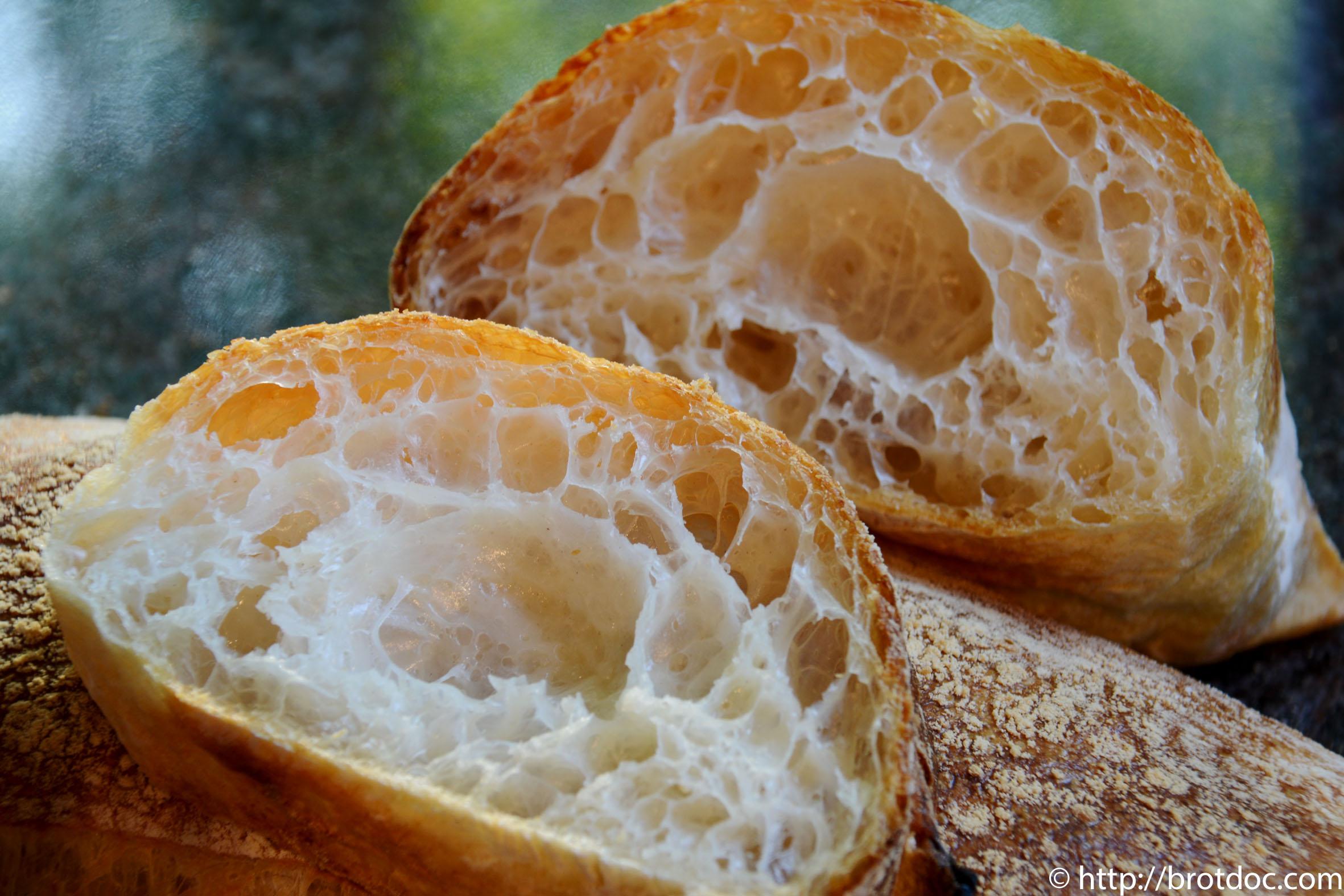 Pan de Cristal mit Weizenmehl 405